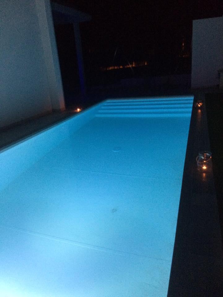 Piscina 8x3 scala interna piscine foto lavori for Piscine 8x3