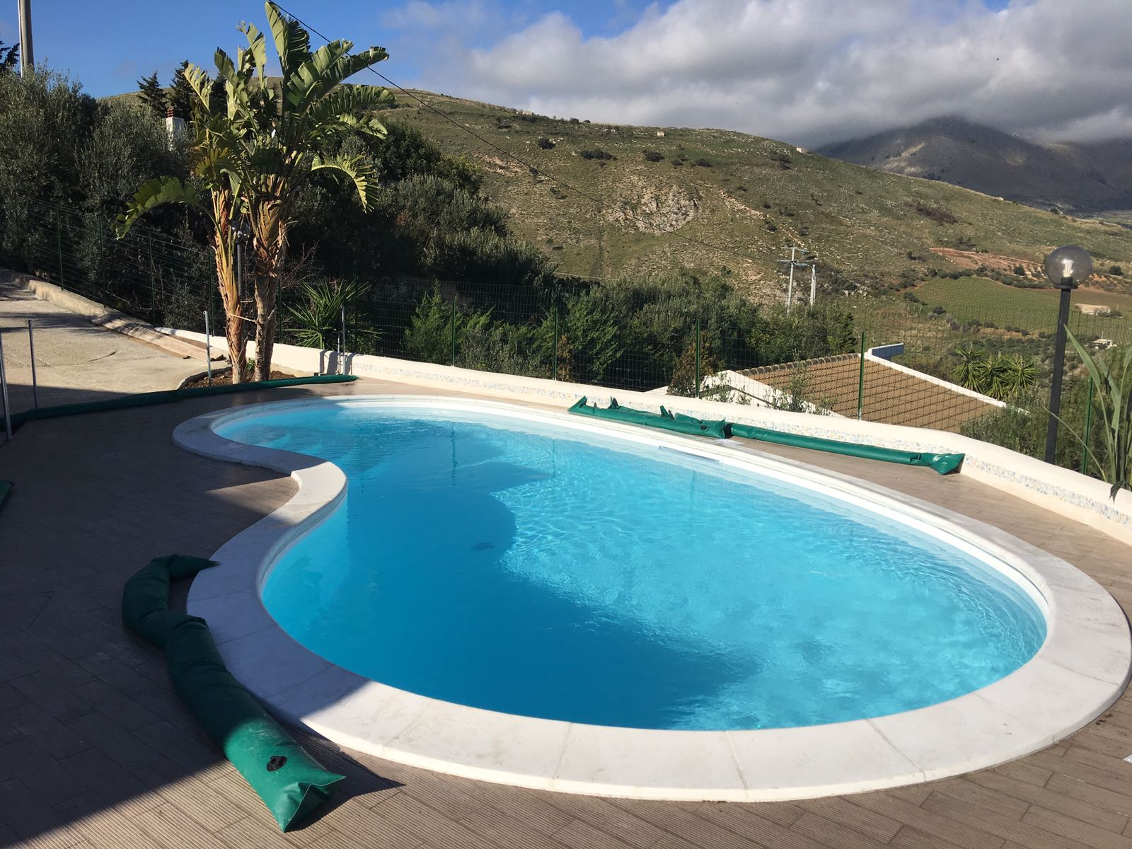 piscina a fagiolo 8x4 piscine foto lavori realizzati