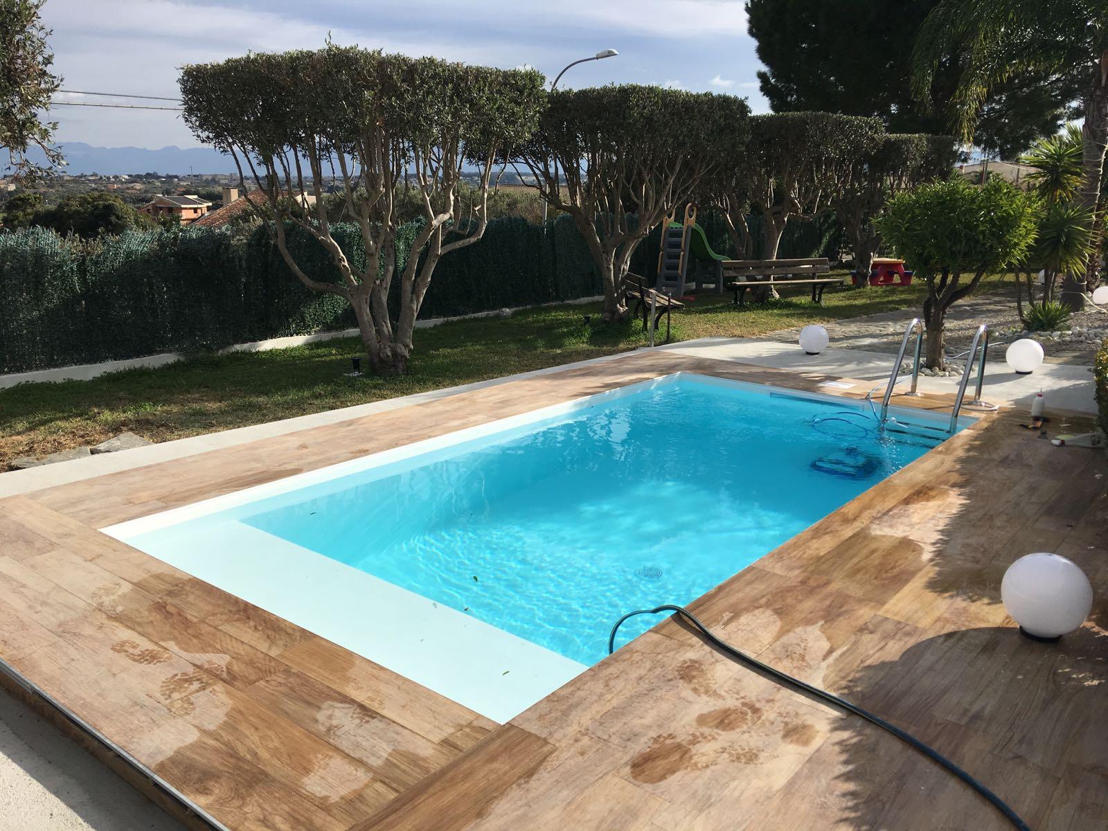 piscina 5 2x2 5 rettangolare telo bianco piscine foto